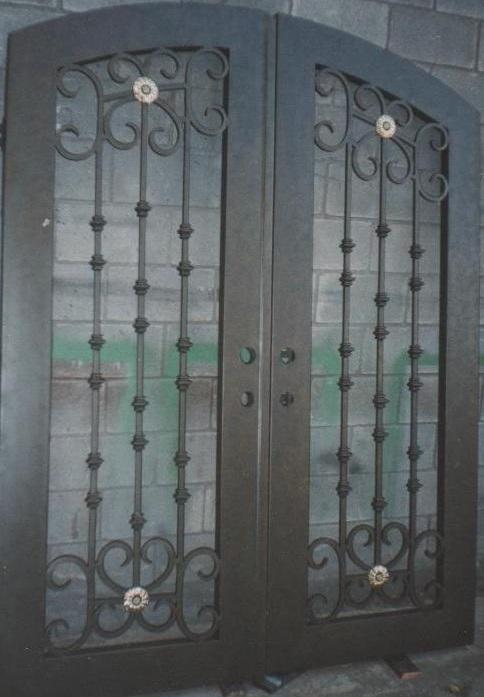 Puertas principales forja herreria car interior design for Puertas principales de forja